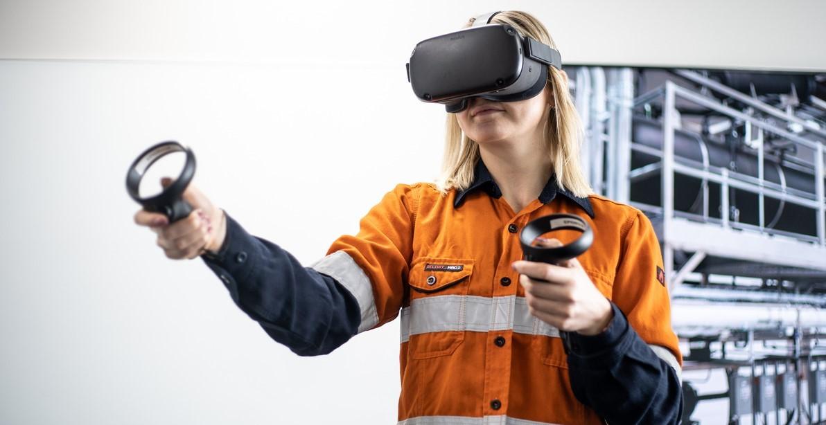 Processi manuali nell'industria: aumentare l'efficacia della formazione con la realtà virtuale