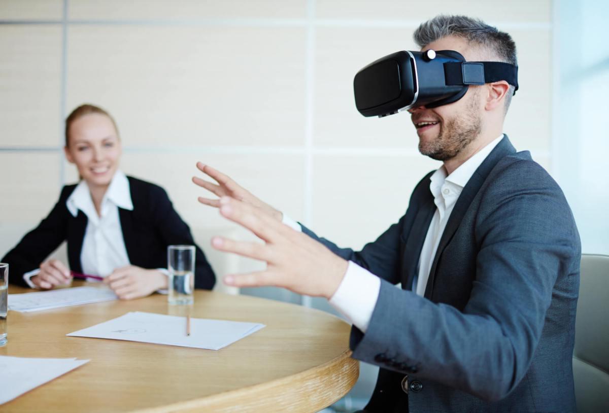 Come la realtà virtuale può aumentare il coinvolgimento del cliente